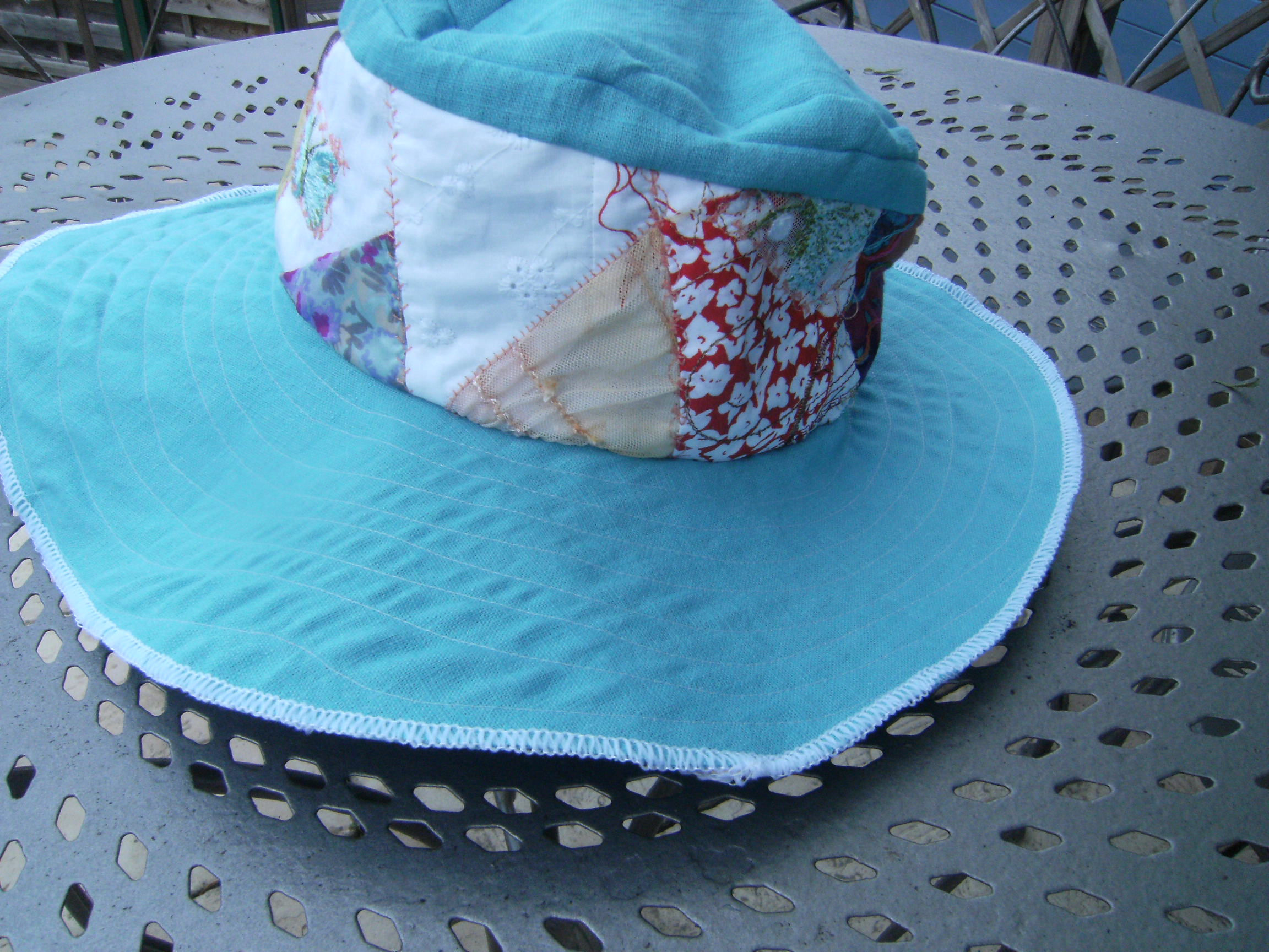 chapeau-002.jpg